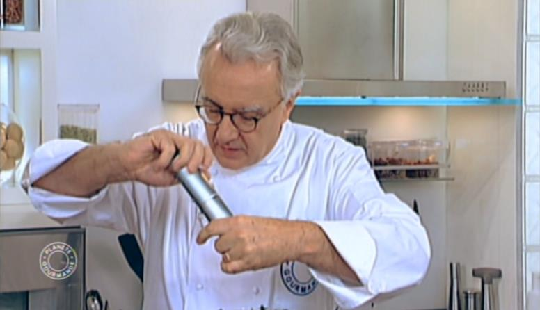 Alain Ducasse with CHROMA ProCuTe